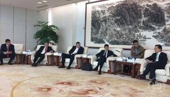 При содействии нашего брокера состоялась встреча руководства российской делегации во главе с Сопредседателем Подкомиссии Д.Г. Скобелкиным с Президентом China Life Group г-ном Мяо Дзяньмином